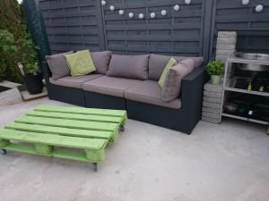 Lounge mit neuem Tisch