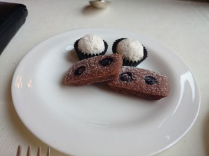Dessert-2-Grand-Hotel-Les-Trois-Rois-Basel